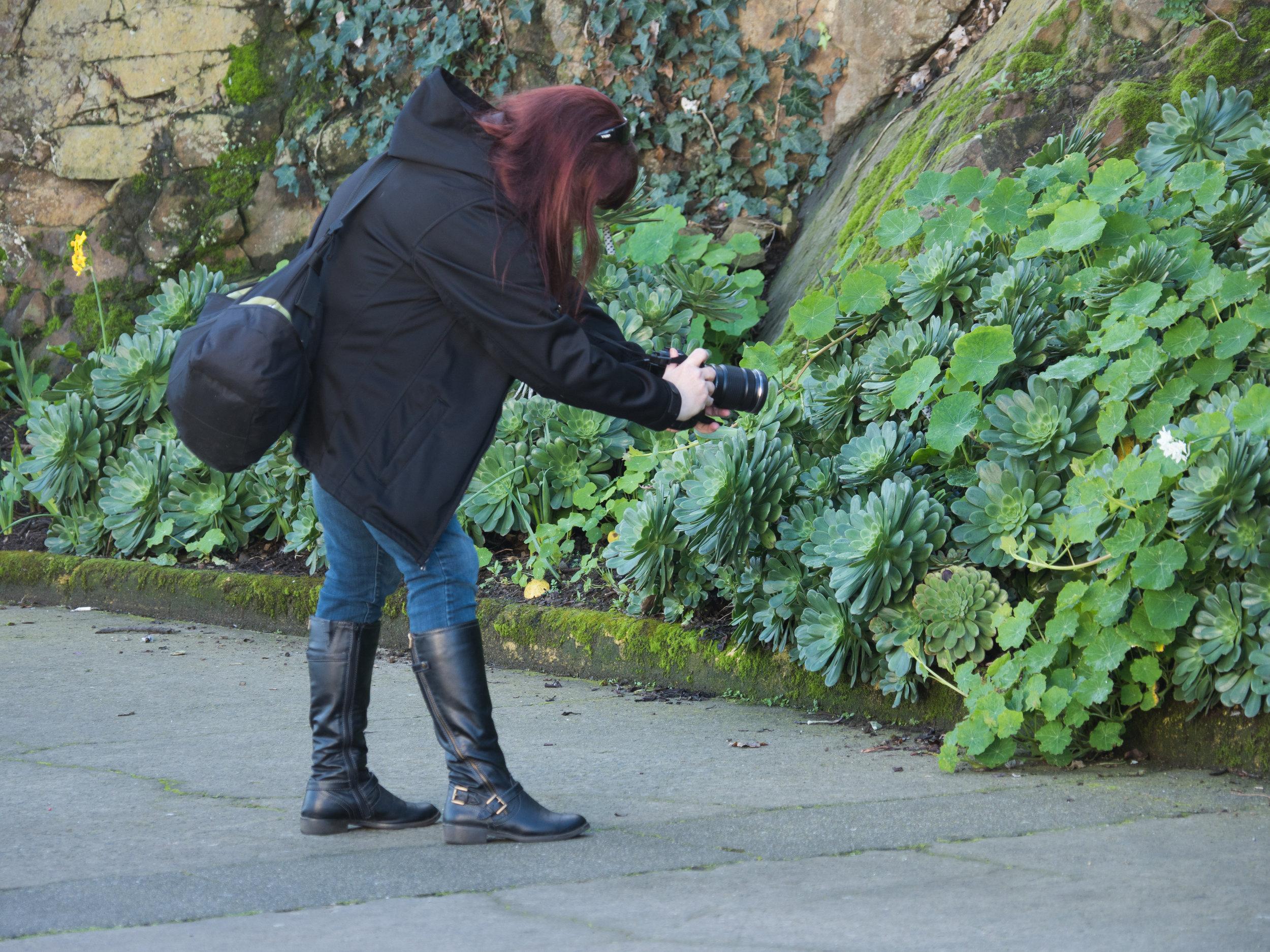 Laura photographing Macro