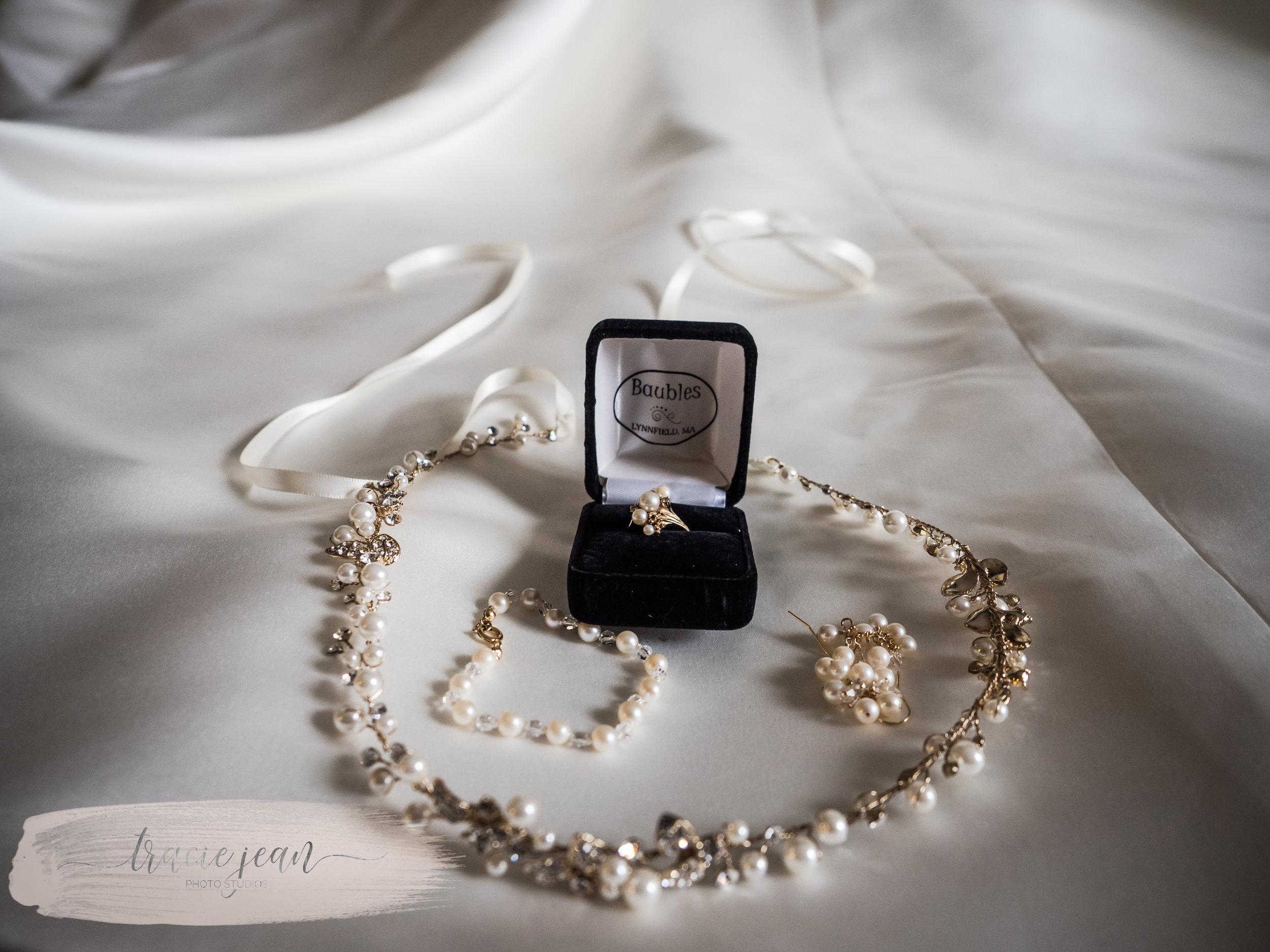 Brides Finishing Touches