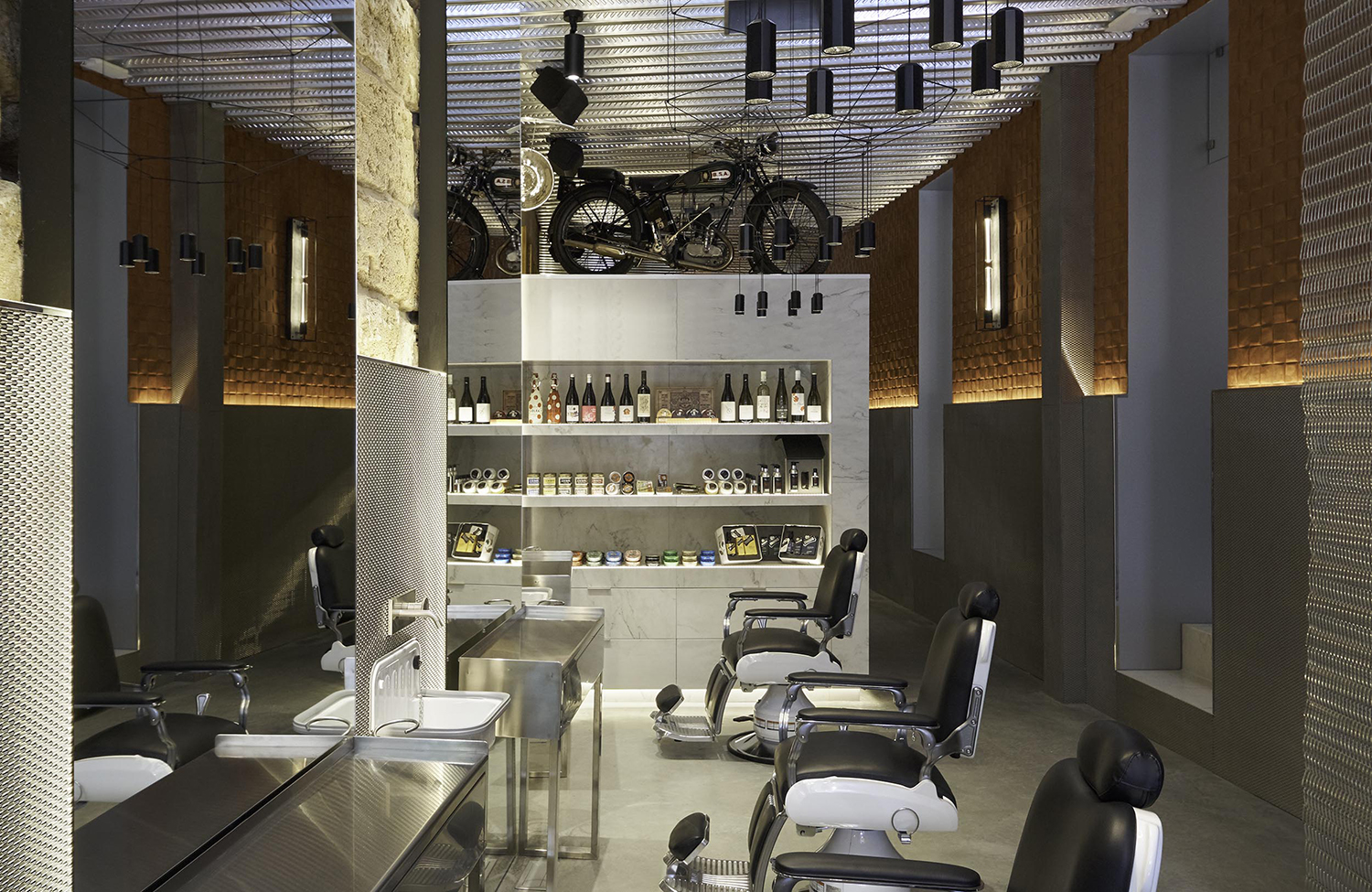 6-art-sanchez-architecture-interior-design-photography-mallorca-spain-minimal-studio-barbers-club.jpg