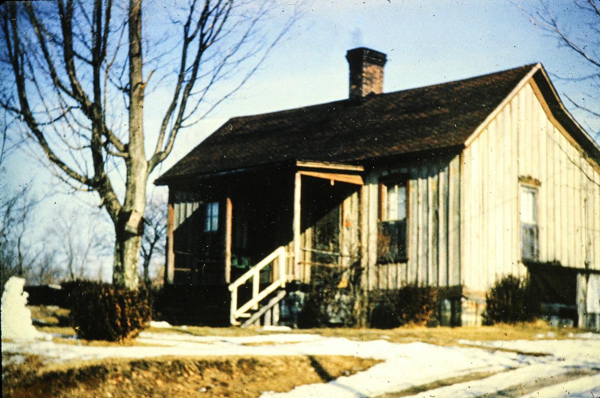 DeRossett Section House.jpg