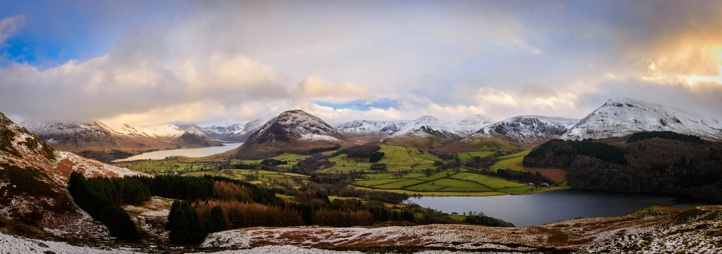 Panoramic view from Darling Fell. Including views of Grasmoor, Crummock Water, Mellbreak, Loweswater, Hen Combe