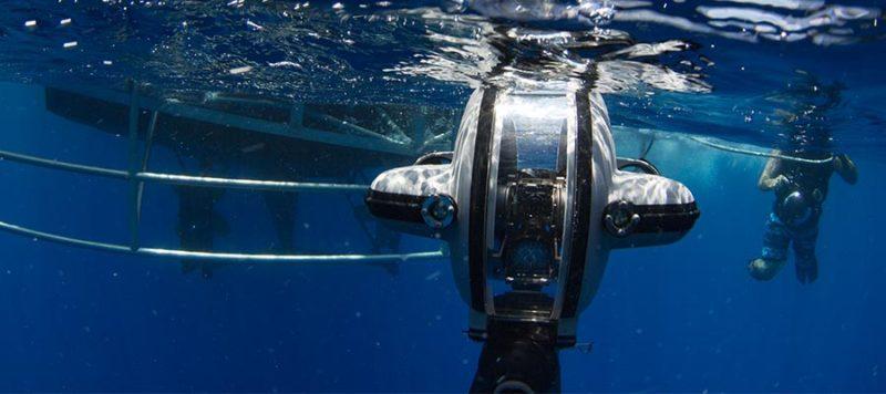 deep-trekker-underwater-robots-rov-drone-800x356.jpg