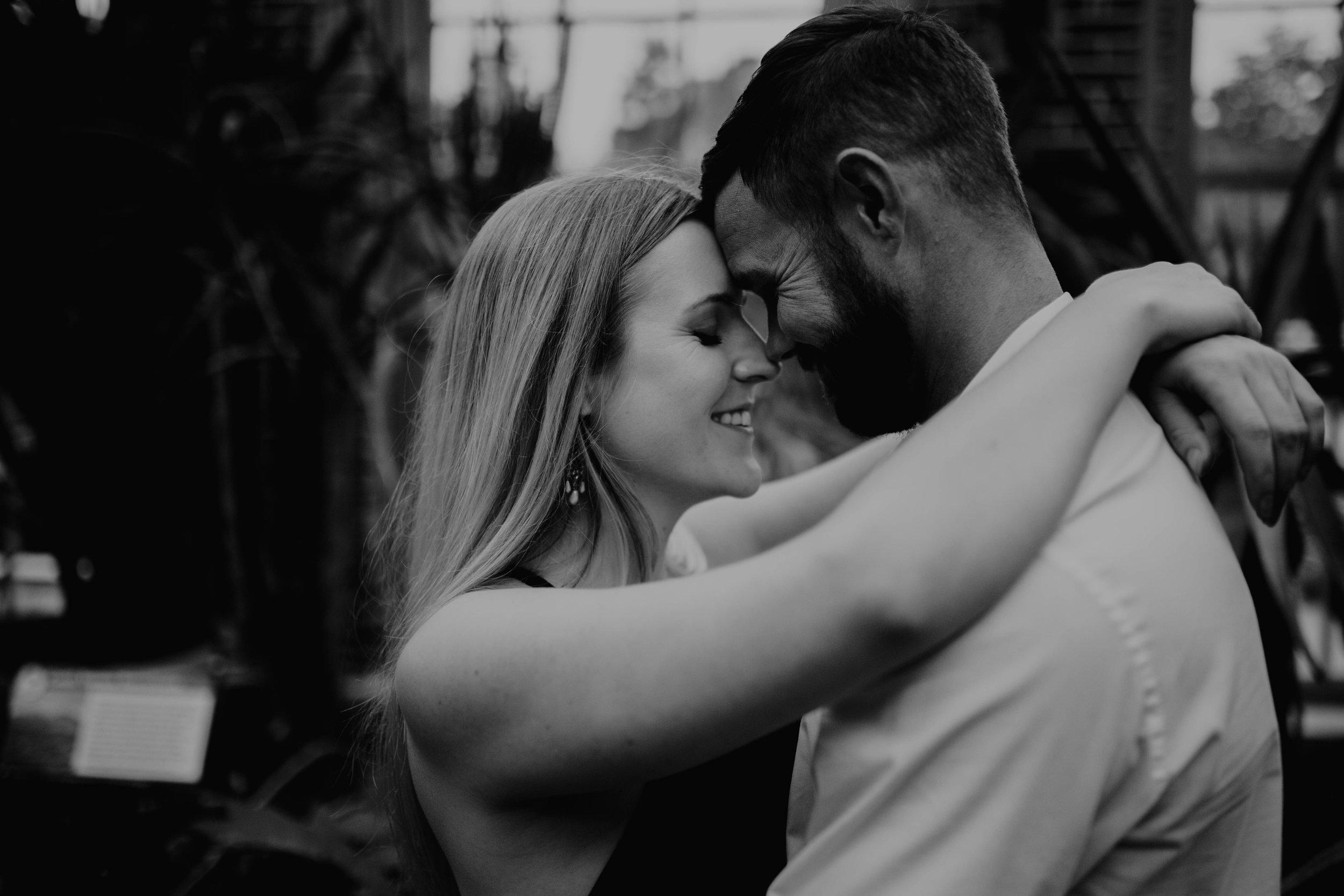 Romantic, intimate, adventurous St. Louis, Missouri engagement