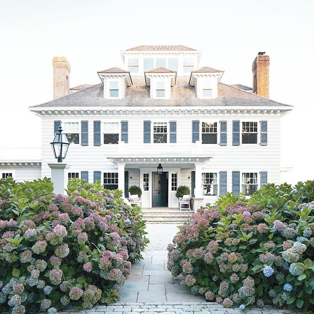 Anyone else wishing they were going here for spring break?.... Yeah, same. The hydrangea bushes alone, have us in tears.  And those dormer windows!? True love. Via: @studiogiancarlovalle
