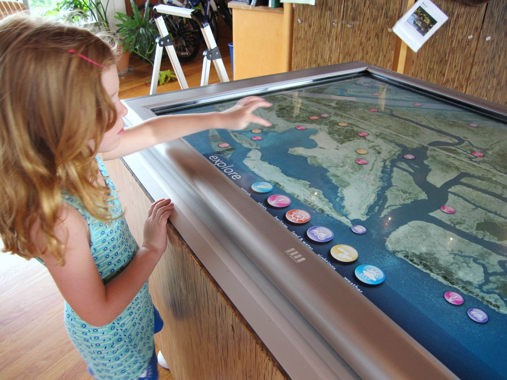 An early project with Interpret Green, within the Russell W. Peterson Urban Wildlife Refuge. An interactive digital table allowed visitors to virtually explore the marshland surrounding the center.