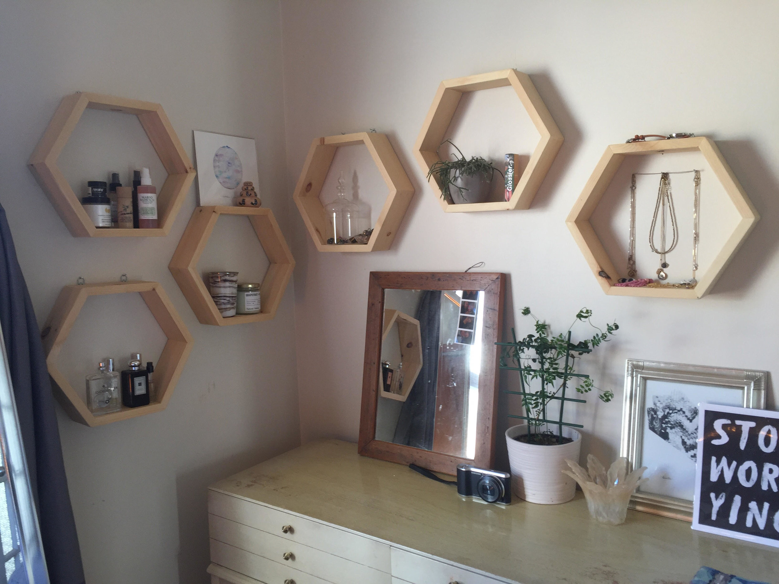 Hex Hanging Shelves -