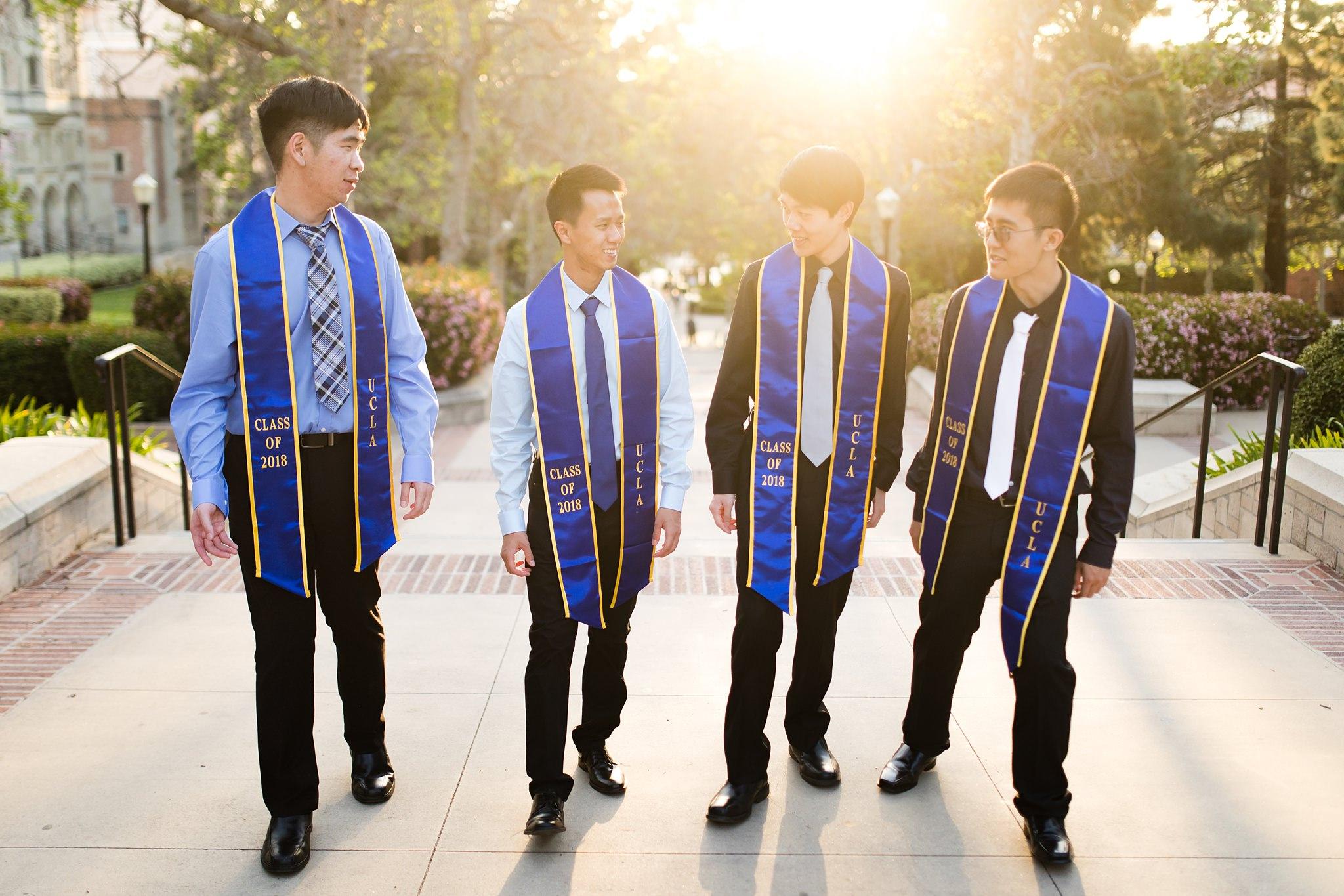 los-angeles-ucla-senior-graduation-portraits-candid-laughing-friends-bruinwalk-at-sunset