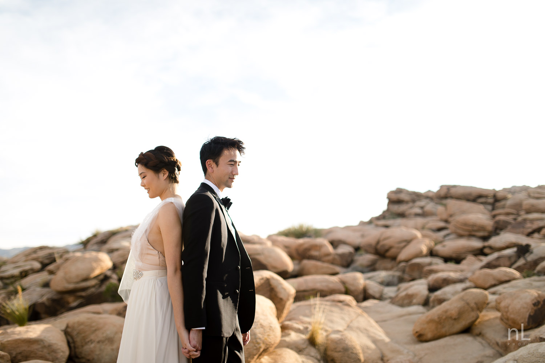 joshua-tree-engagement-wedding-elopement-photography-stylized-photoshoot-bride-and-groom-rock-formation