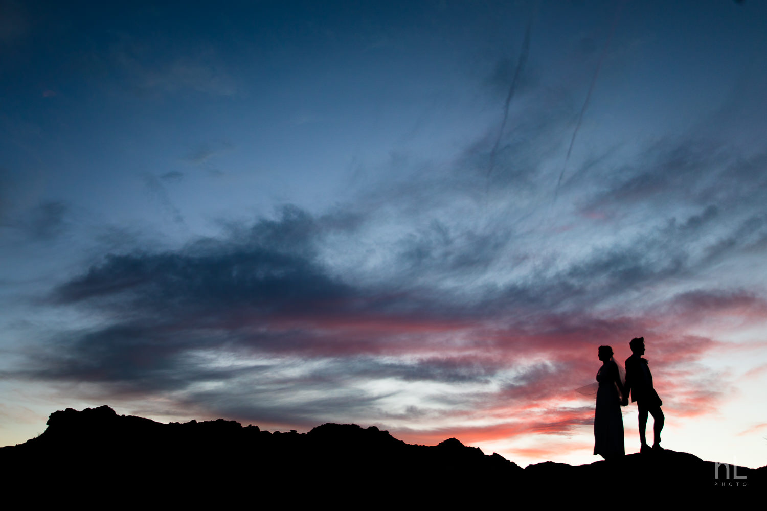 joshua-tree-engagement-wedding-elopement-photography-stylized-photoshoot-epic-environmental-portrait-bride-and-groom-silhouette-sunset-blue-hour