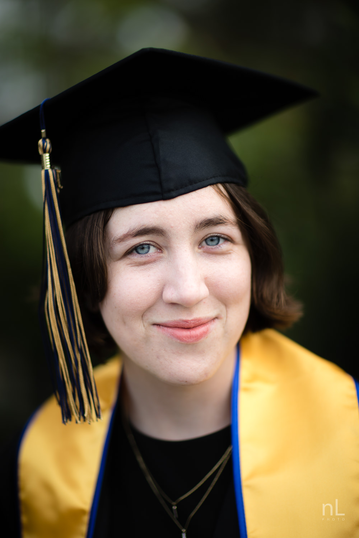 san-diego-la-jolla-ucsd-senior-graduation-portraits-8704.jpg