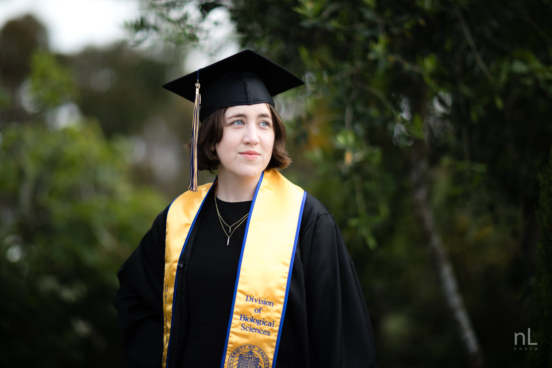 san-diego-la-jolla-ucsd-senior-graduation-portraits-8706.jpg