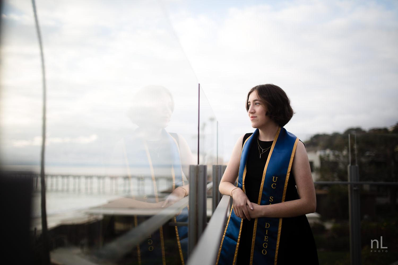 san-diego-la-jolla-ucsd-senior-graduation-portraits-8845.jpg