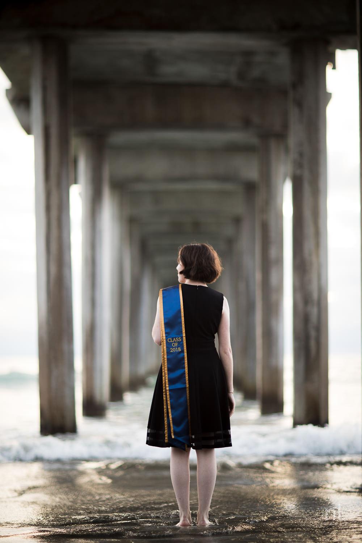 san-diego-la-jolla-ucsd-senior-graduation-portraits-9033.jpg