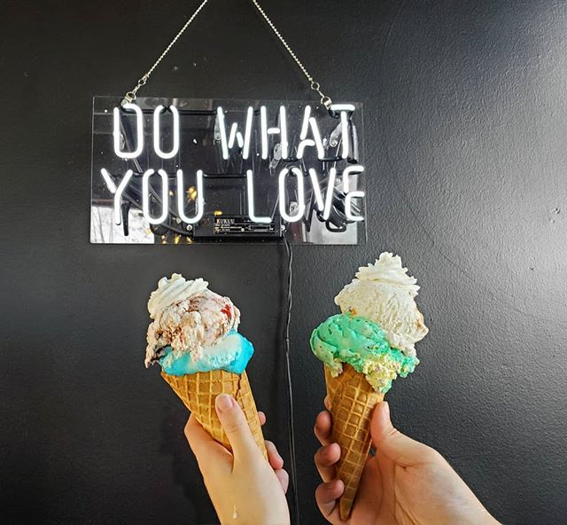 Let's make ice cream social! Buy one waffle cone, get the second one free🍦!》Only at Rolled and Roasted on Merrimon Ave! . . . #DailySpecials #WednesdayDeal #JustRollWithIt #TheRolledAndRoastedExperience #LetsMakeIceCreamSocial #TreatYoSelf