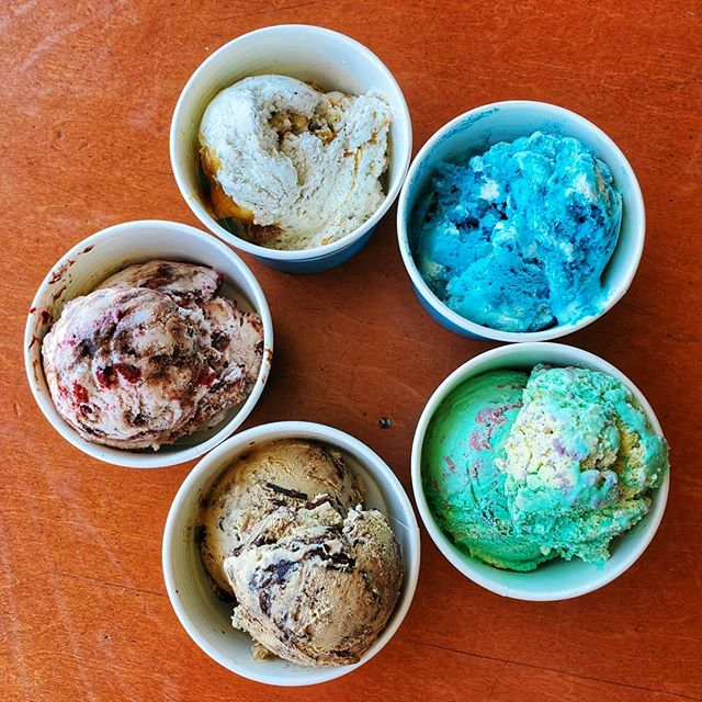 5 new flavors of scooped ice cream at Rolled and Roasted North (on Merrimon Ave)! Have you tried any? ♡Lil' Blue Panda ♡Llamalicious ♡Cappuccino Crunch ♡Red Velvet Revival ♡Caramel Cheesecake Cookie Monster . #JustRollWithIt #TheRolledAndRoastedExperience #LetsMakeIceCreamSocial #TreatYoSelf #ScoopedFlavors #SomethingNew #828isGreat #AshevilleCoffeeSpots
