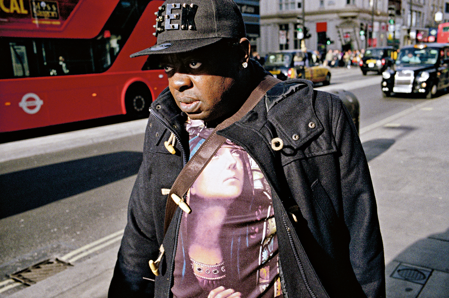 MATT STUART_PHOTOGRAPHER_STREET_COLOUR_LONDON_14.jpg