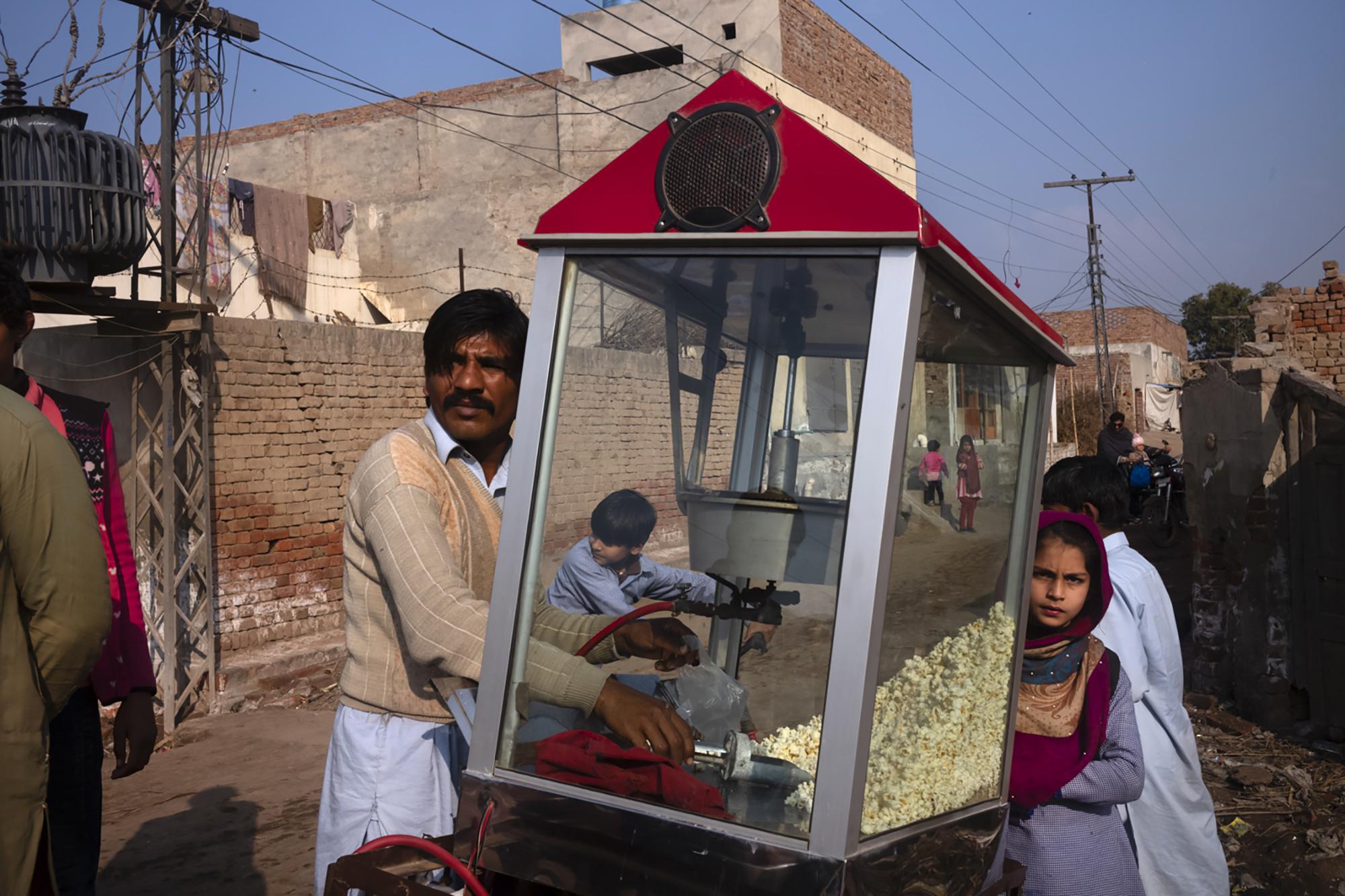 Graciela Magnoni Pakistan.jpg