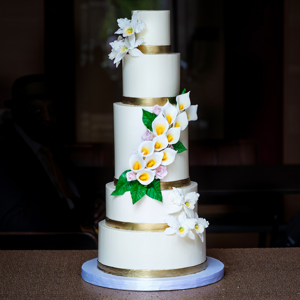 white-calla-lily-orchids-buttercream-wedding-cake-blue-cake-cakes.jpg