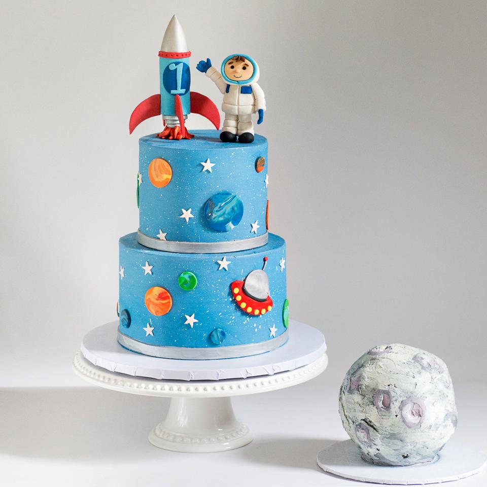 Astronaut and Rocket ship cake with moon smash cake