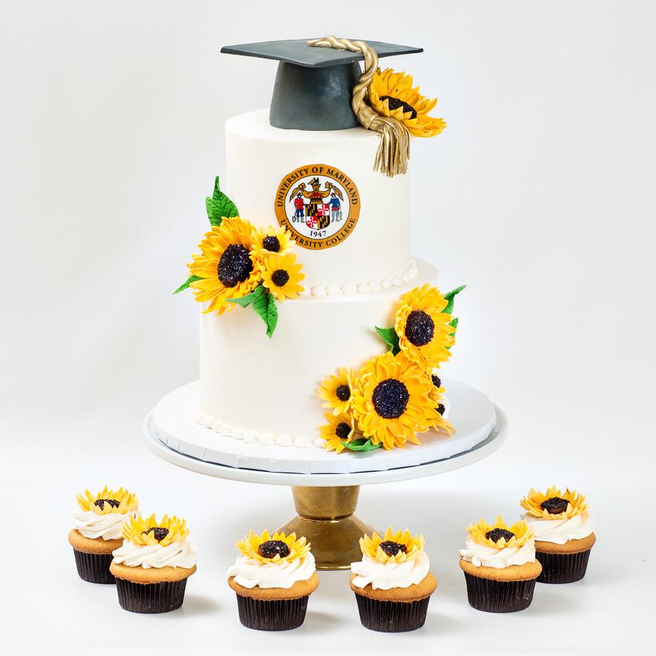 UMUC-sunflower-graduation-cake-blue-lace-cakes.jpg