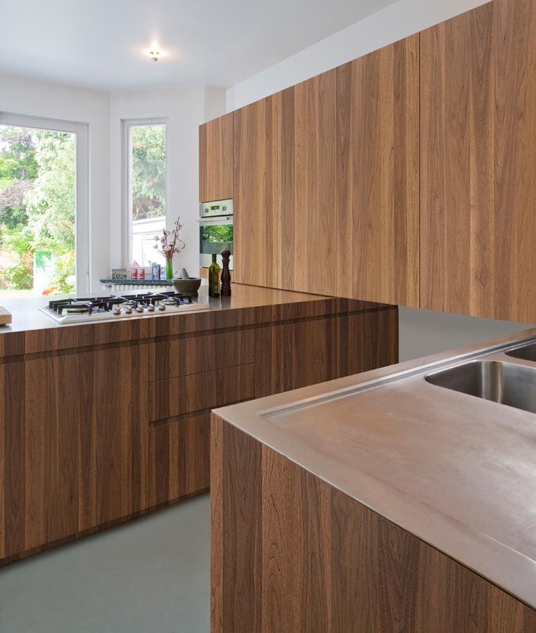 Wood Kitchen Peninsula
