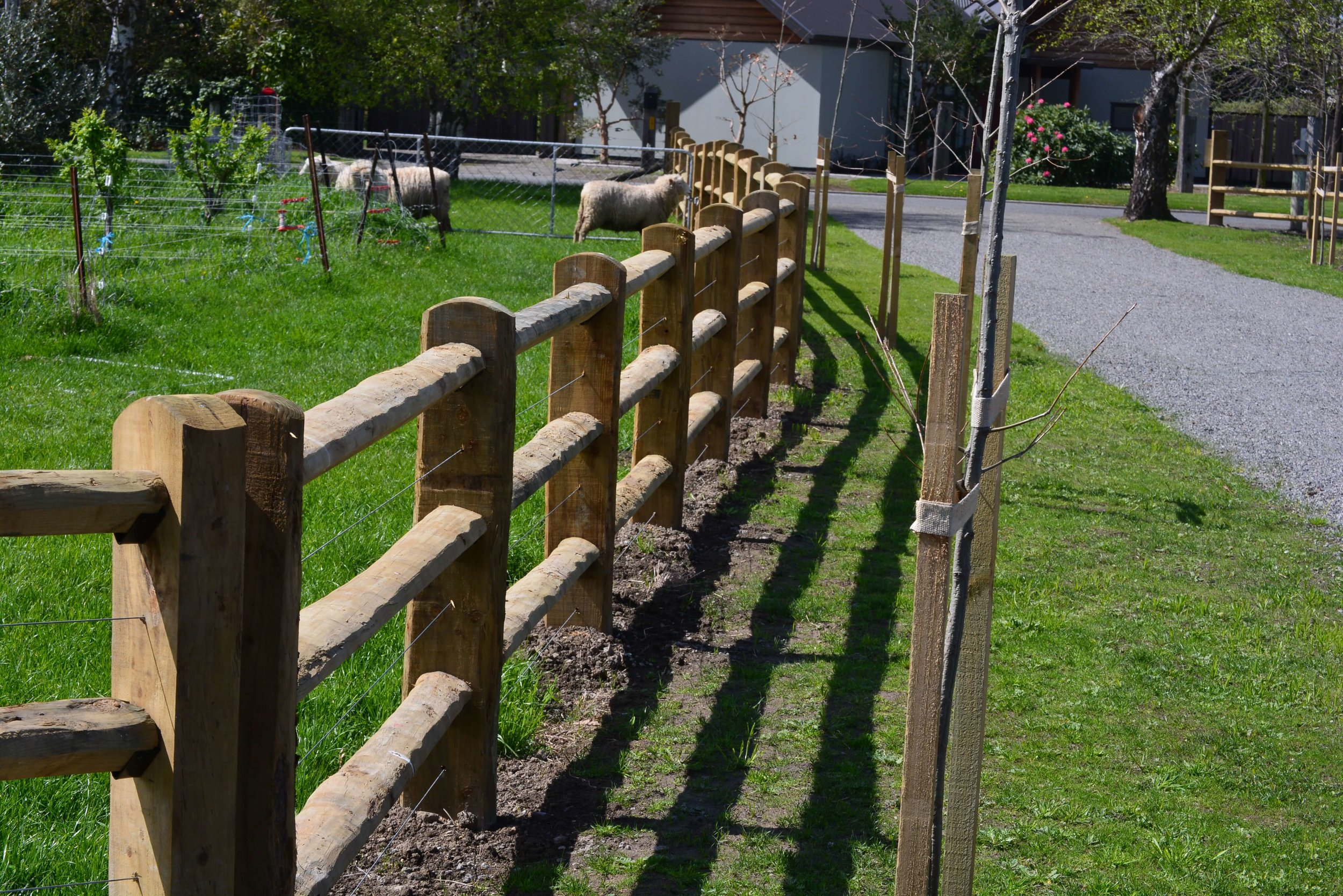 Blackmore Fencing residential and lifestyle fencing services.