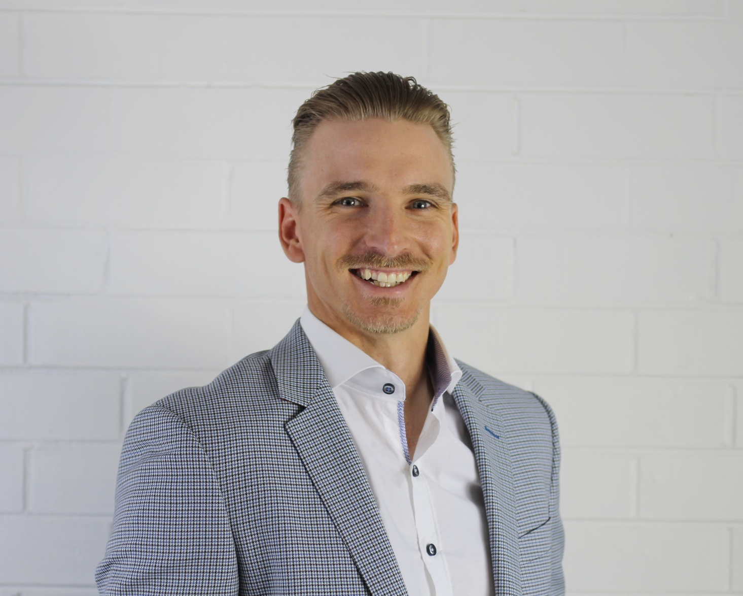 Dennis Armfield - General Manager