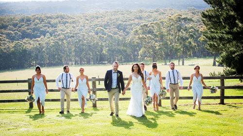real-weddings-laura-bridal-party