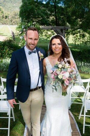 real-weddings-bride-groom-laura