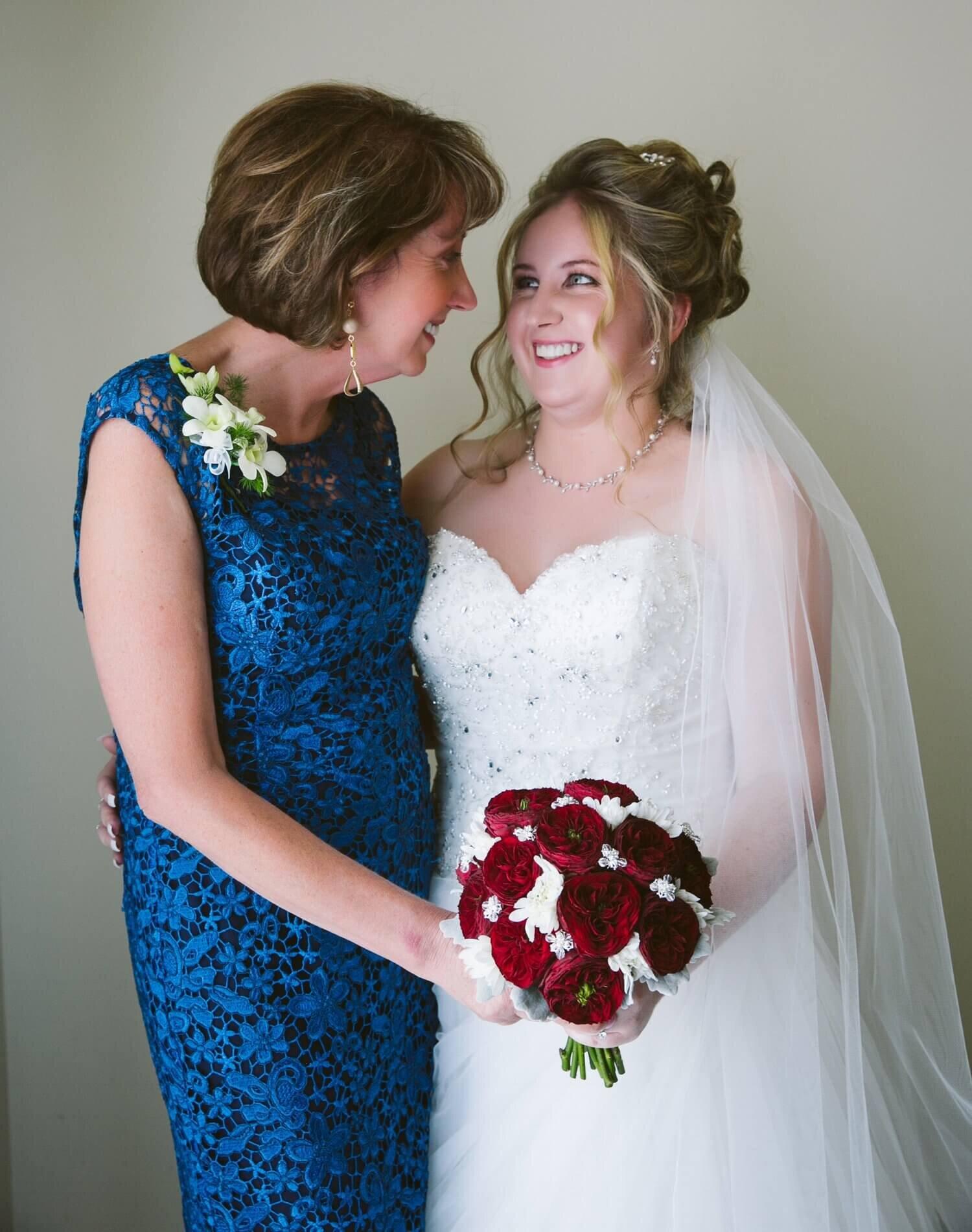 real-weddings-bride-chantelle-mother