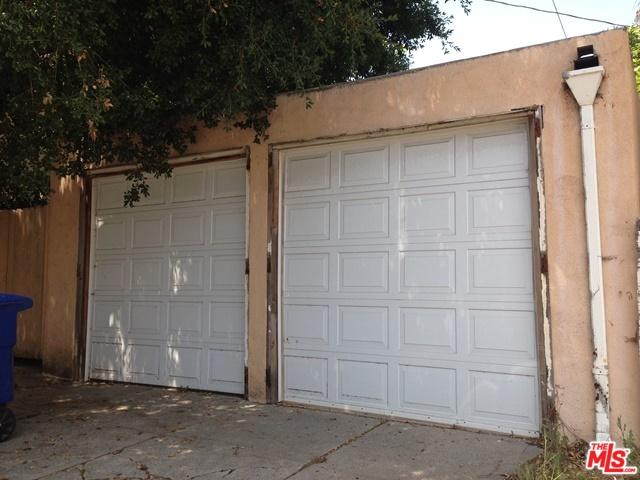 Garages.jpg