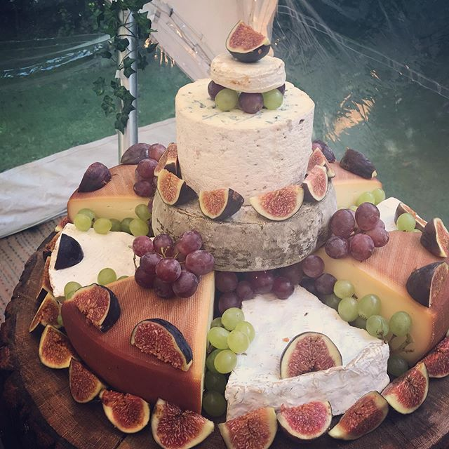 Wishing the lovely couple a happy day on their Wedding, and they and their families enjoy the cheese cake. Bon Appétit 😊 #wedding #cheese #cheesecake #cookhamdeli