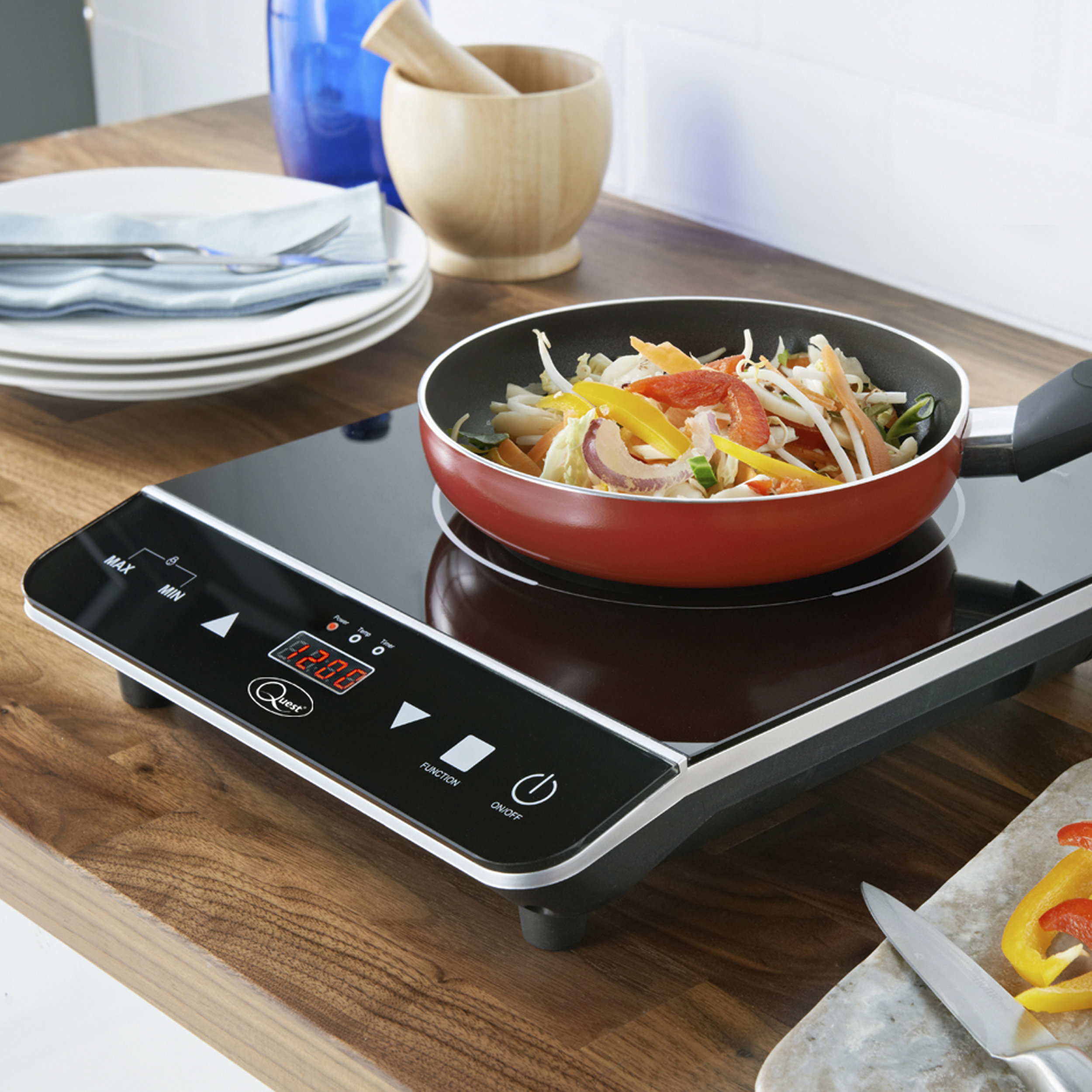 Digital Induction Hob (Single/Double) - Quick installation, simply position on a level surface & plug in. Ideal for smaller spaces. Rapid heat & precise temperature control.