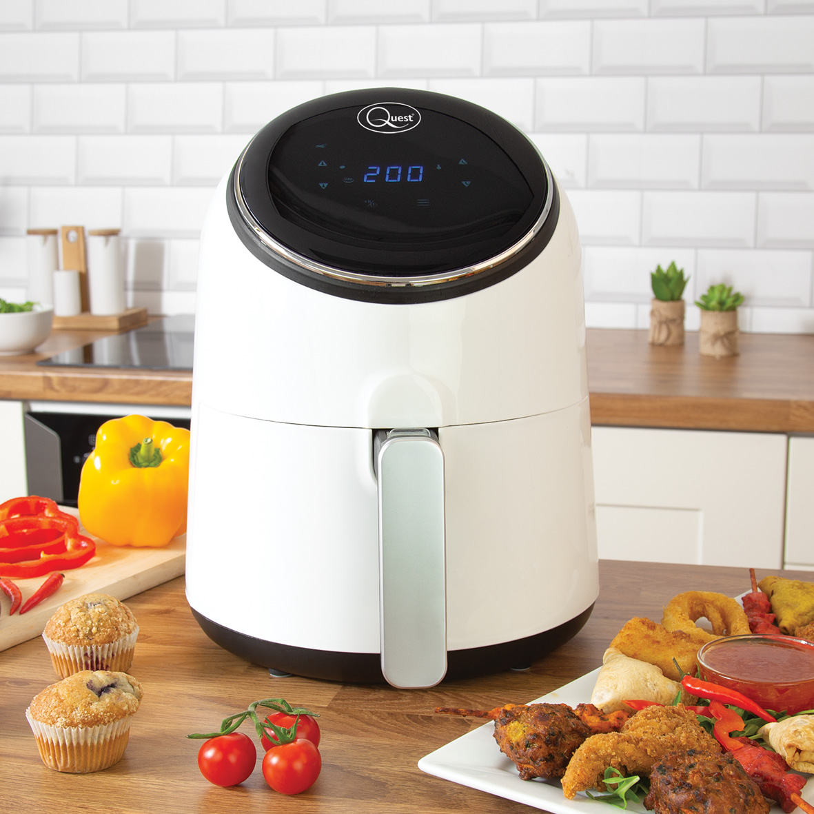 Digital LCD Air Fryer - LCD digital touch display, modern, sleek and easy to wipe clean.