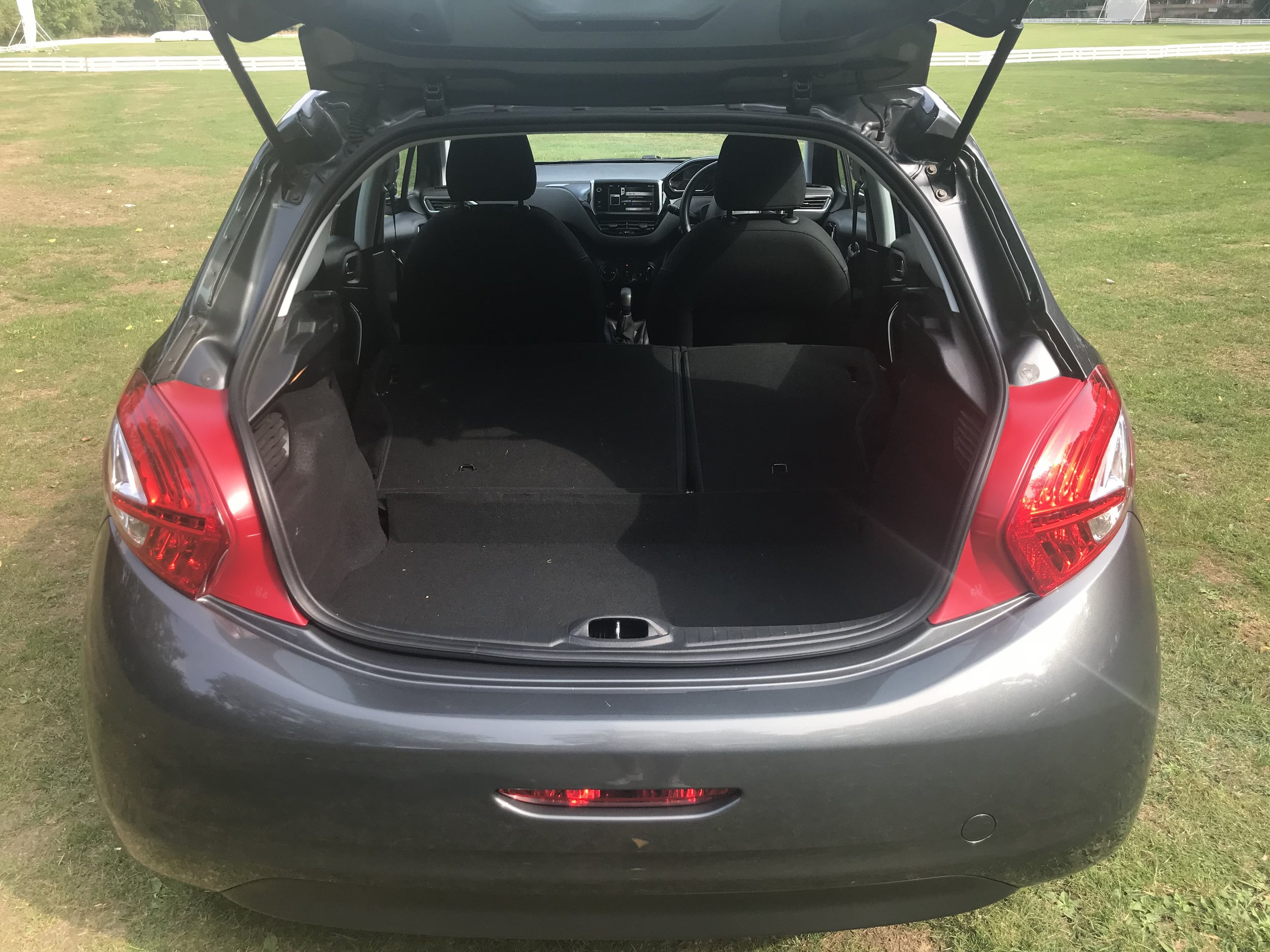 peugeot-208-vti-active-forsale-regalmotion-regalpreowned-usedcar-redditch-bromsgrove-worcestershire-6479-18.jpeg