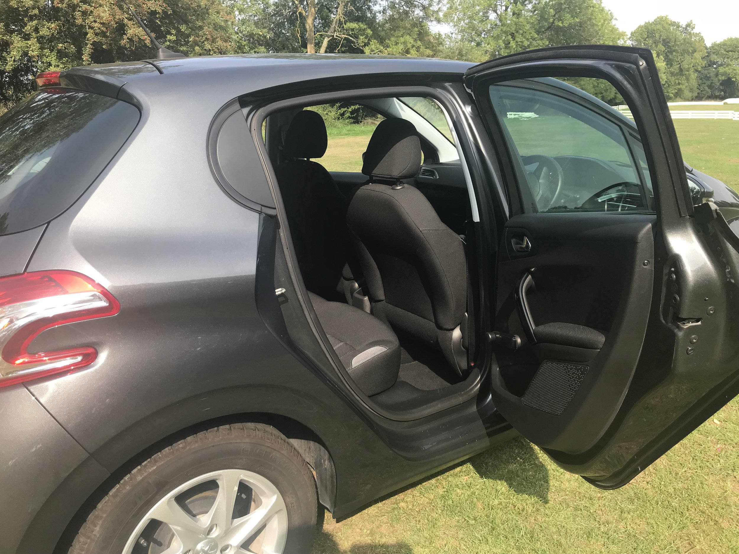 peugeot-208-vti-active-forsale-regalmotion-regalpreowned-usedcar-redditch-bromsgrove-worcestershire-6479-23.jpeg