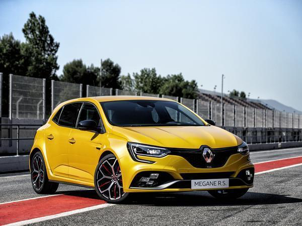 Renault Megane RS Trophy regalmotion.png