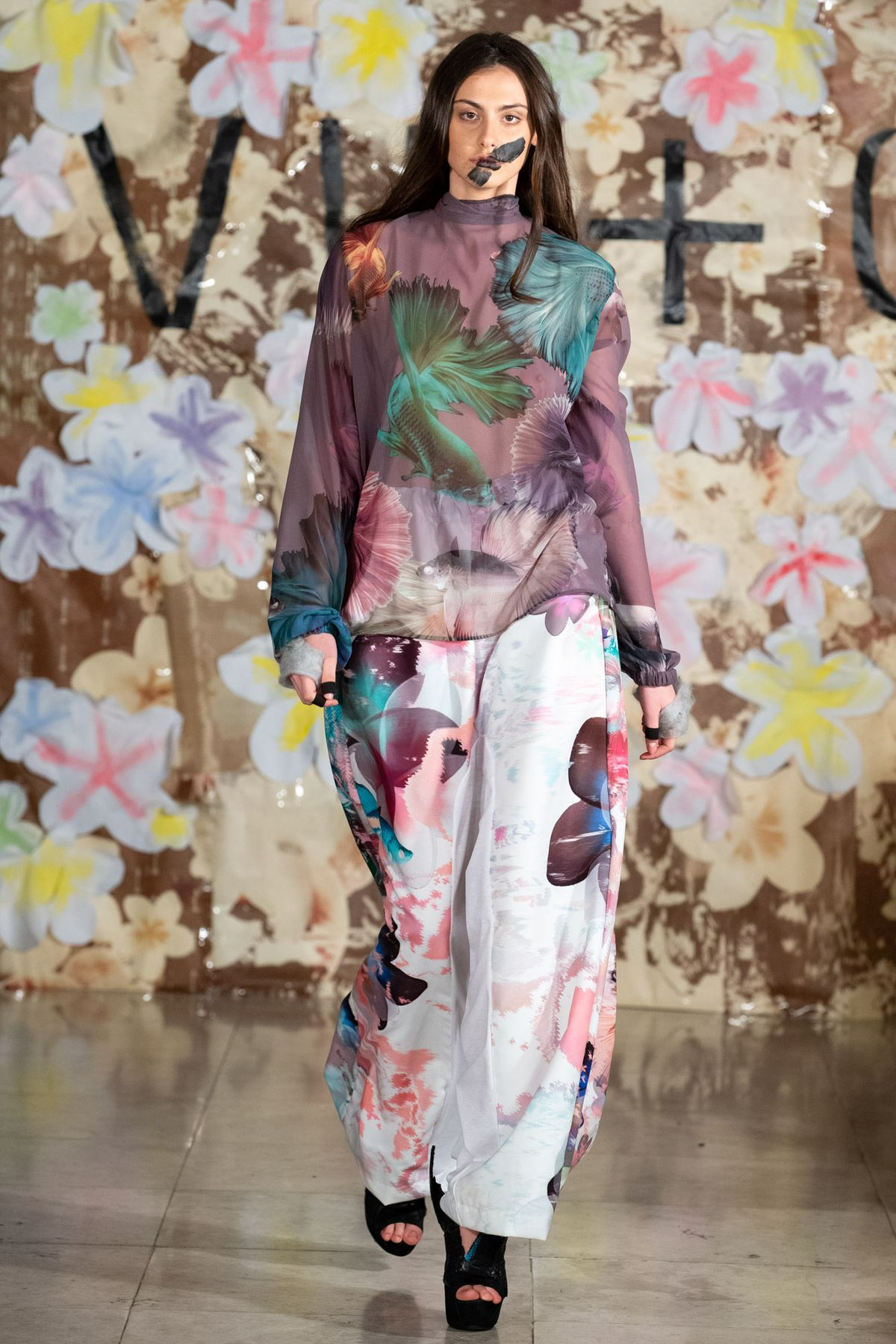 Vin and Omi_Double Floral trousers_Look 39.jpg