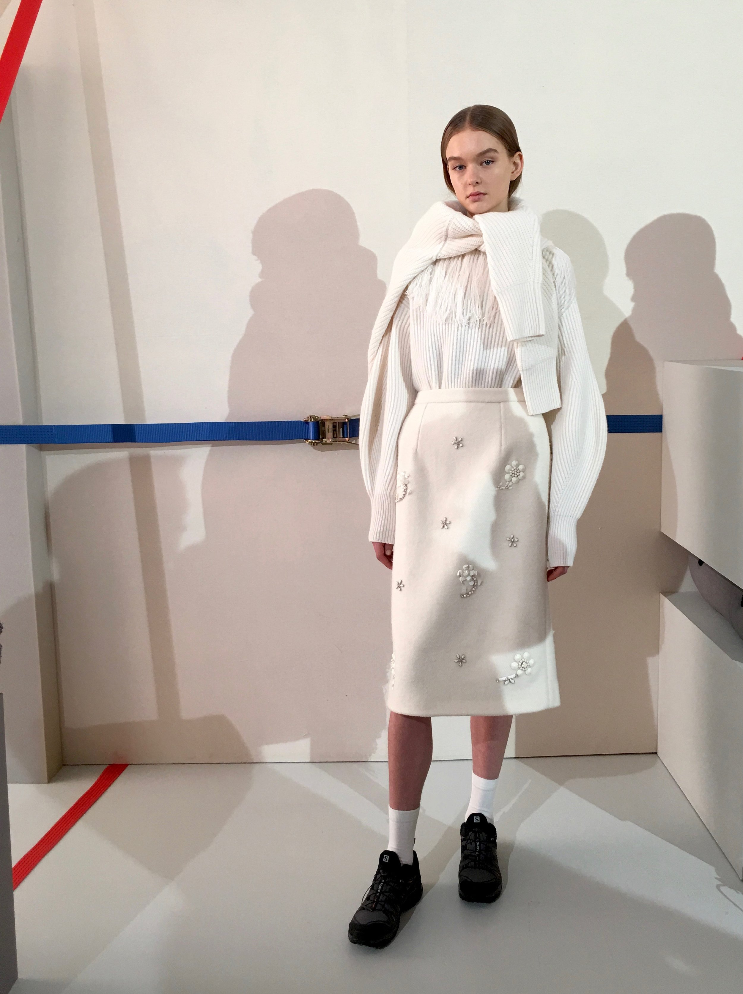 Markus Lupfer   AW19 - A decidedly grown up collection, with a nod to the designer's wit in the form of outsized, furry mittens holdalls and trapper hats. Gone were the graphics, in were neon, leopard print and columns of mono-colour.Paired-down sophistication as the label celebrates its 20-year anniversary.