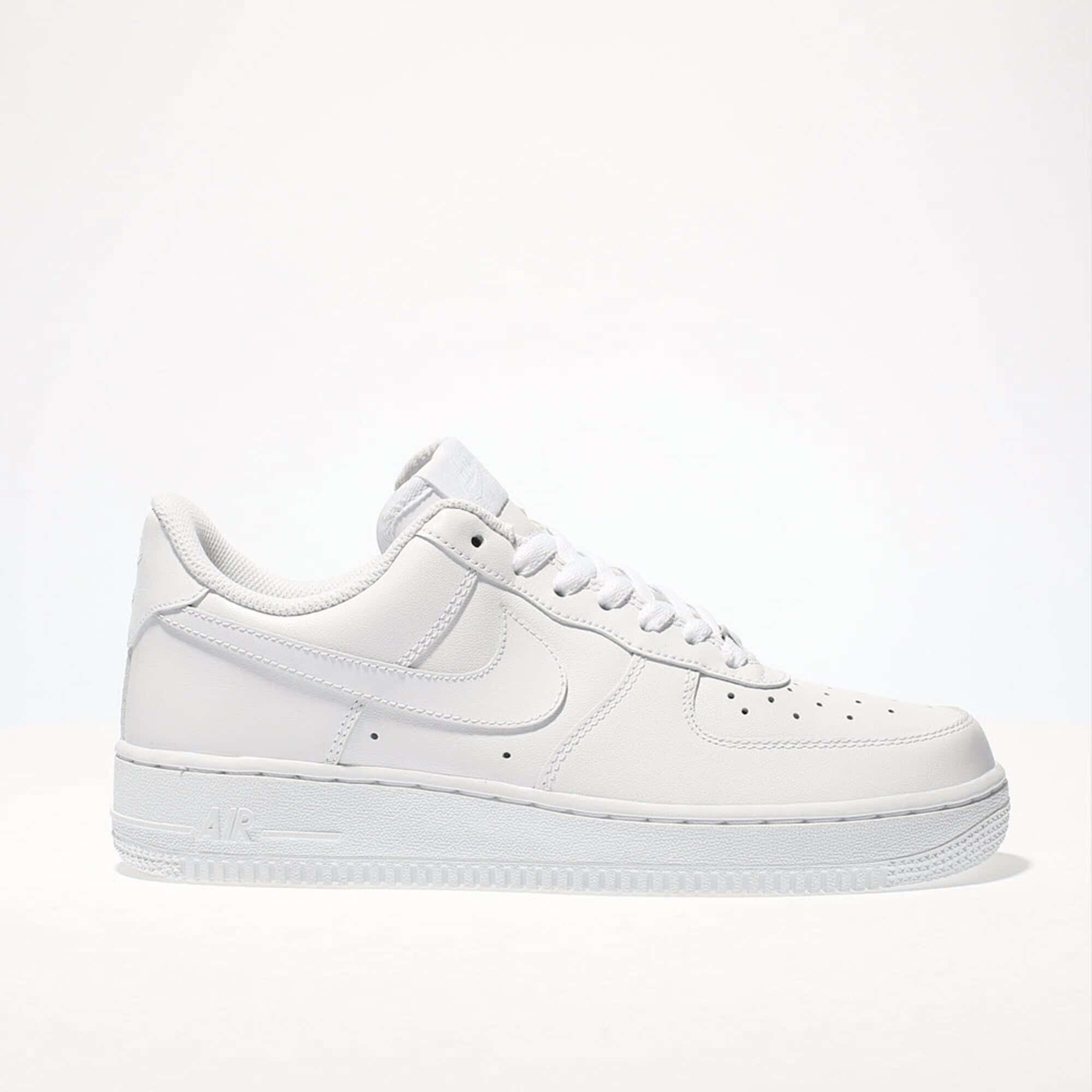 Womens White Nikes.jpg
