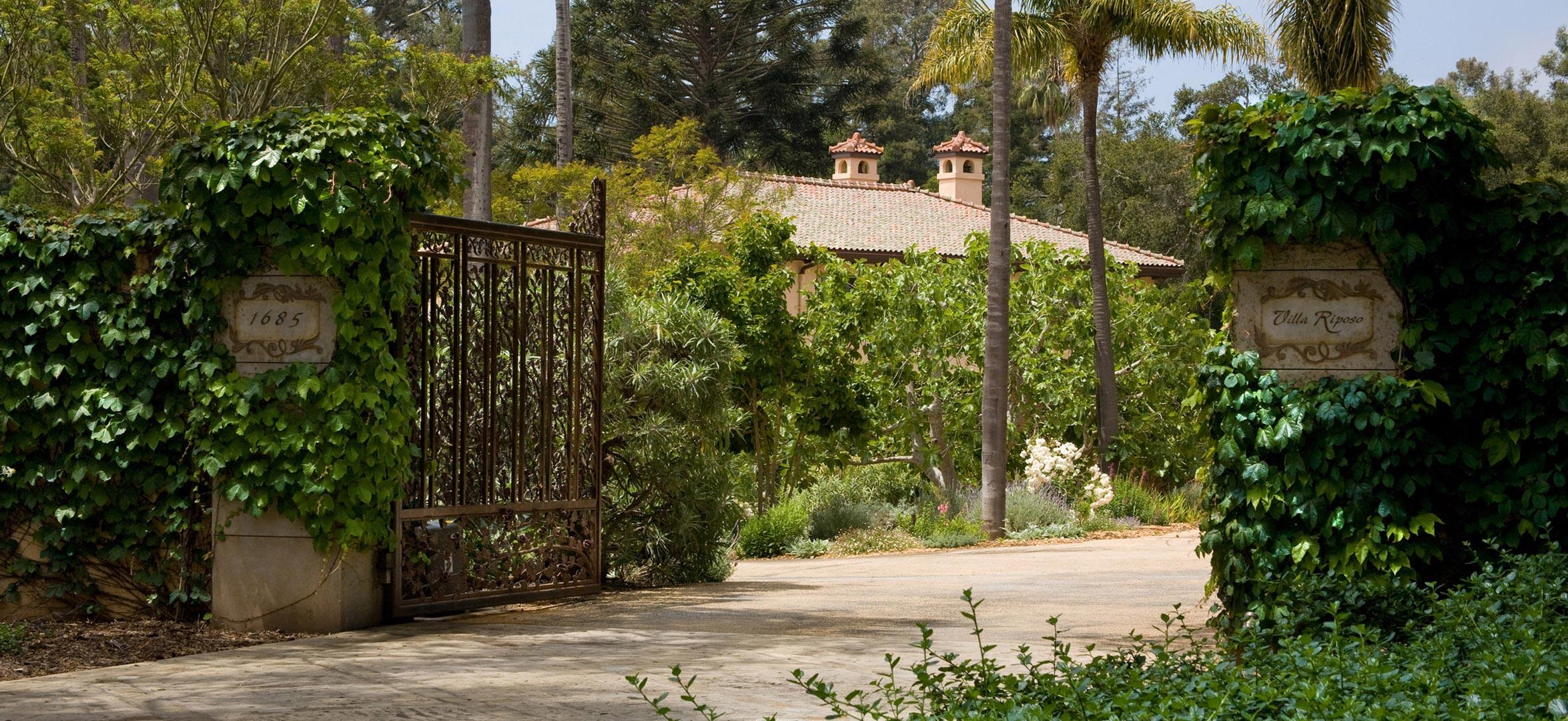 Montecito-02-steel-gate.jpg