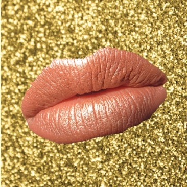 Shimmer Nude - First apply a nude colour lipstick for your skin tone in a creamy finish - kinda peachy for me. For the frosty topping, I have used a shimmer eyeshadow in a similar colour (use an eyeshadow or highlighter that you can pop in your handbag). Pupa Easy Liner Lips in