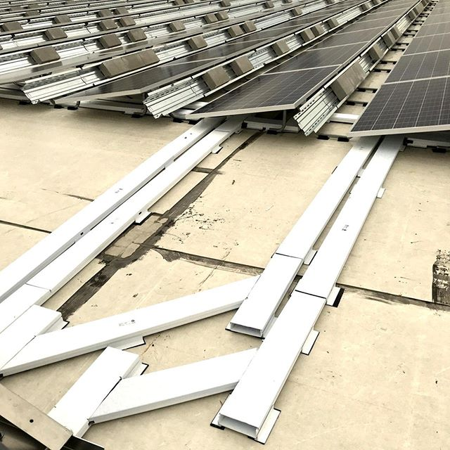 Wire management flexibility with @RayTraysolar.  . . . . . .  . . . .     #Brooklynmadesolar  #brooklynsolar #solarpv #commercialsolar #greenenergy   #solar #elsol #solarsystem #renew #energy #solarenergy #solarpvsystem