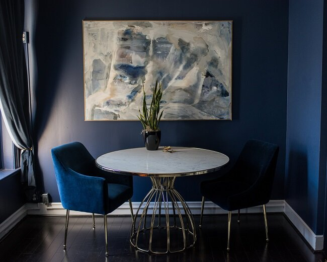 Our design showroom is located on the second floor of our building. We have an intimate, consultative feel rather than a large retail outlet. Appointments are encouraged for custom design or wedding band consultations.