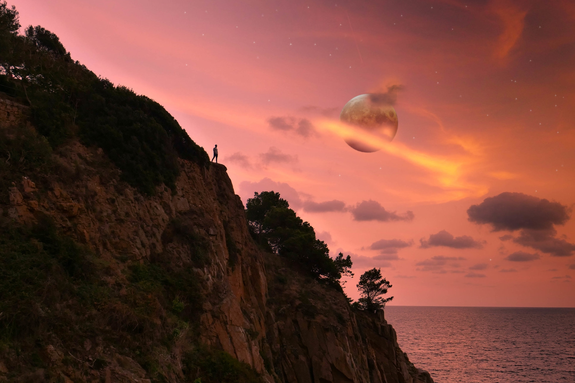 #nofilter image from secret spot in Tossa de Mar. Zero editing done, straight out of the camera :)