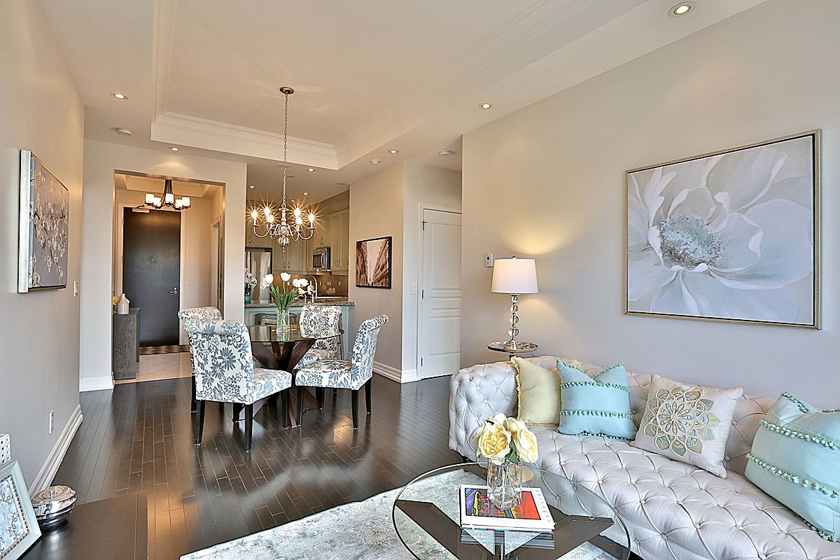 21 Burkebrook Place #421 - Leaside