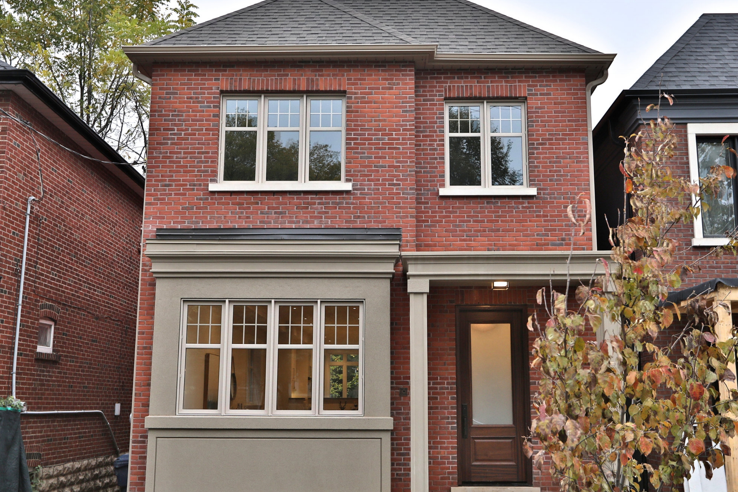 146 Manor Rd E - Davisville Village