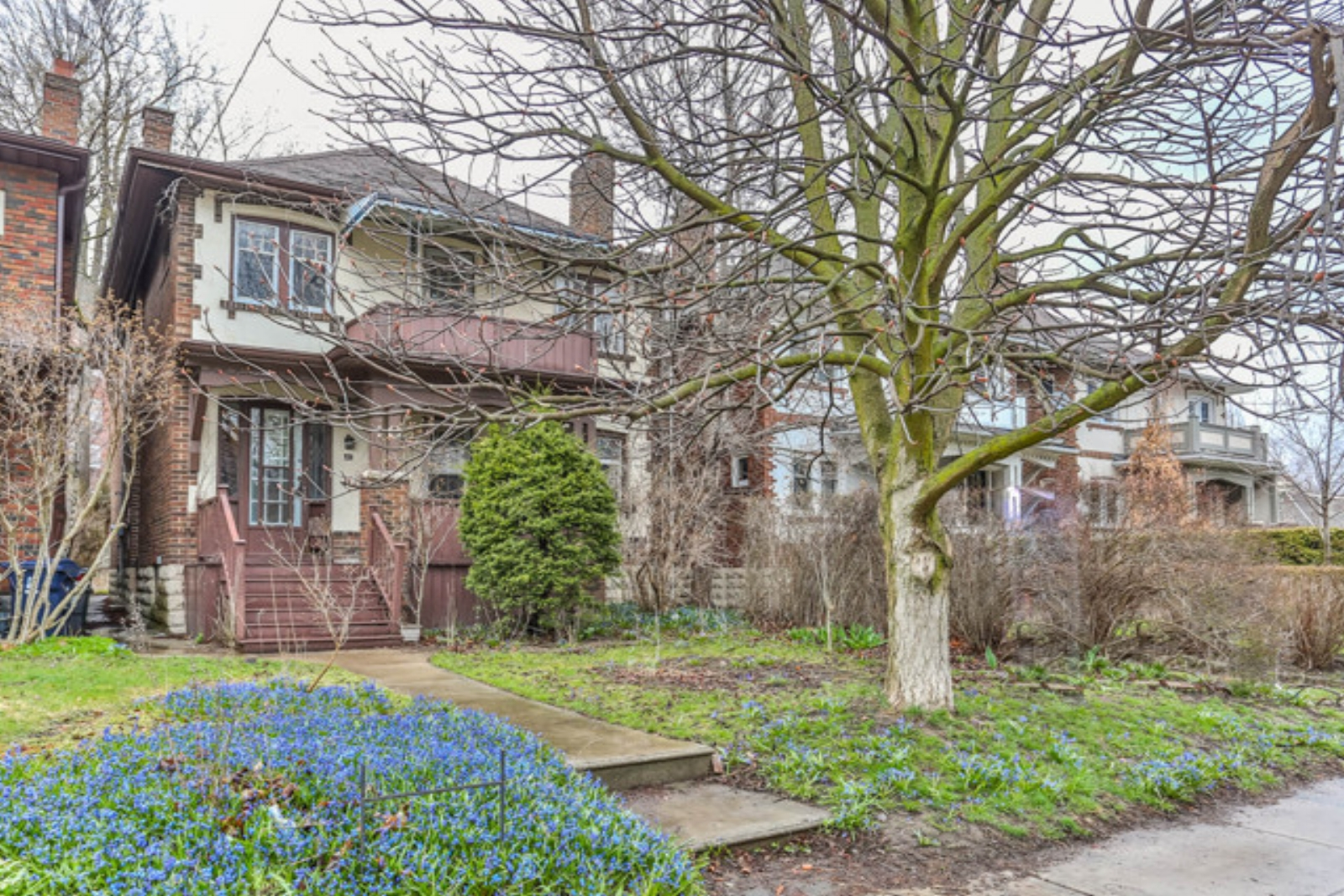 40 Wanless Ave - Yonge & Lawrence