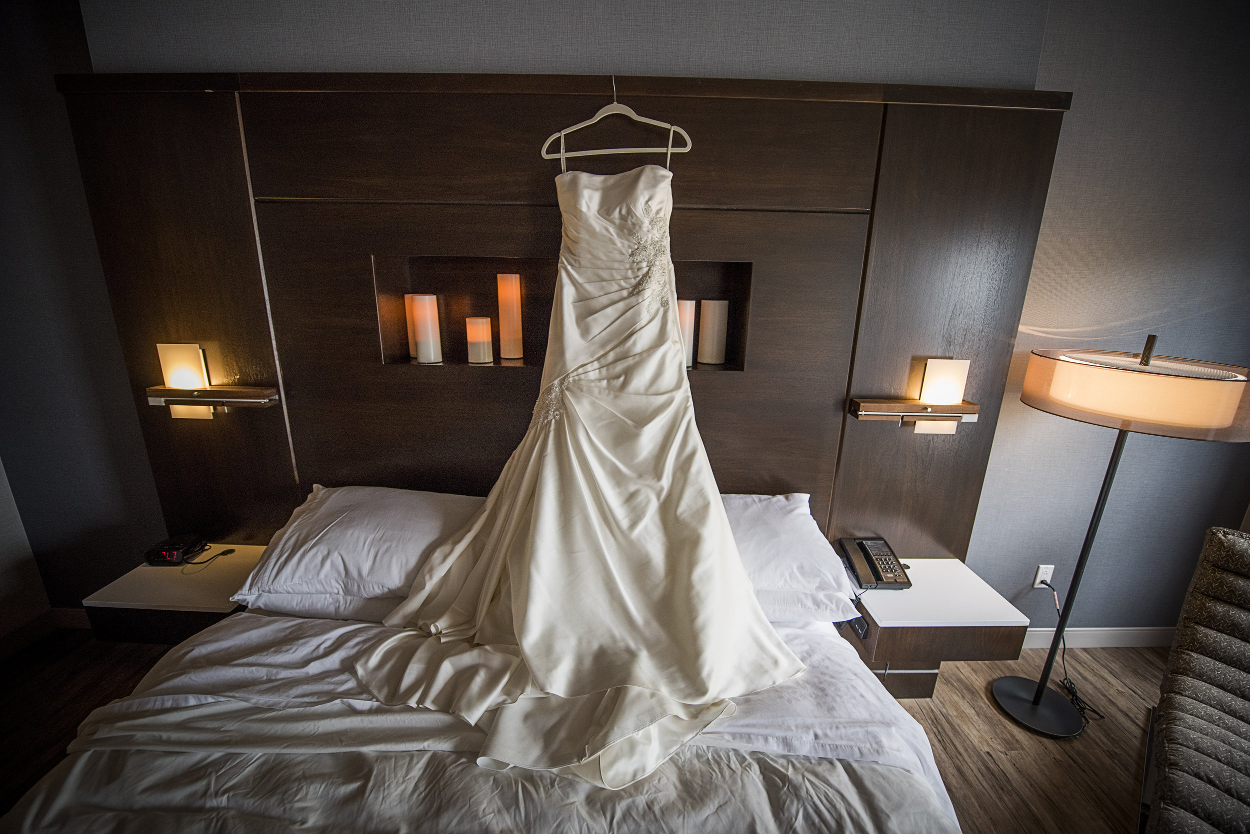 Prepare for your day in one of our stylish rooms or suites - FotoImpressions