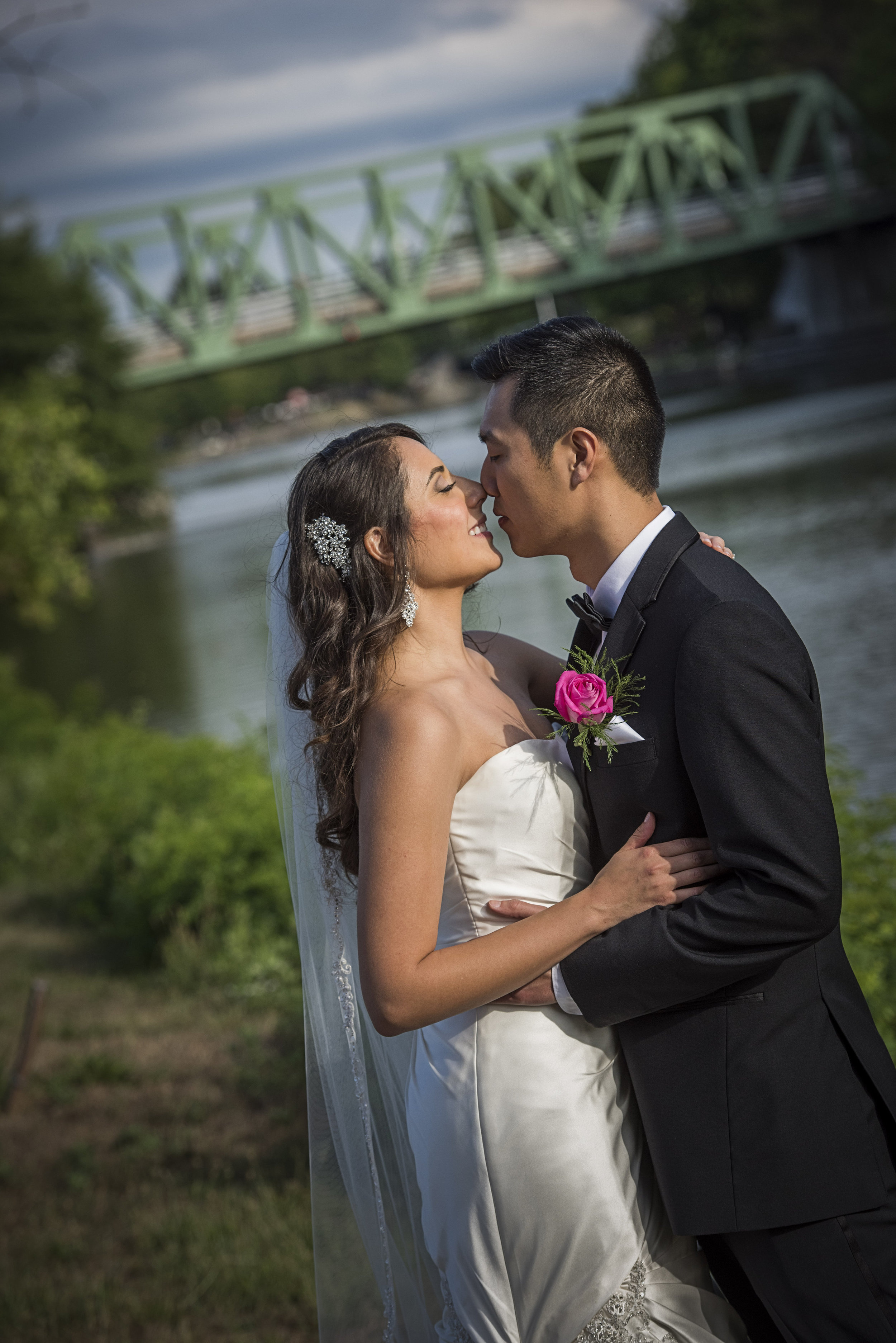 The Erie Canal is a perfect backdrop for photographs - FotoImpressions